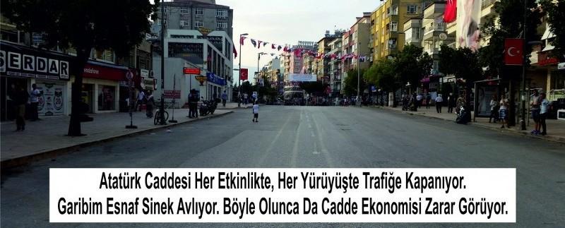 Atatürk Caddesinin acilen çift yönlü trafiğe açılmalı